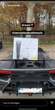 ibrahimoviç, ac milan takım arkadaşlarına playstation 5 hediyeleriyle noel baba'ya gidiyor