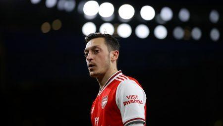 'Soyunma odasında iyi bir adam değil' – Arsenal efsanesi Brady, Gunners'ı dışlayan Ozil