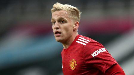 Solskjaer, FA Cup ekranını hayal kırıklığına uğrattıktan sonra 'temiz ve düzenli' Van de Beek'i savundu